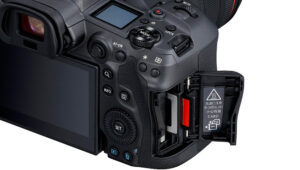 Photo of the Canon R5 displaying dual card slots