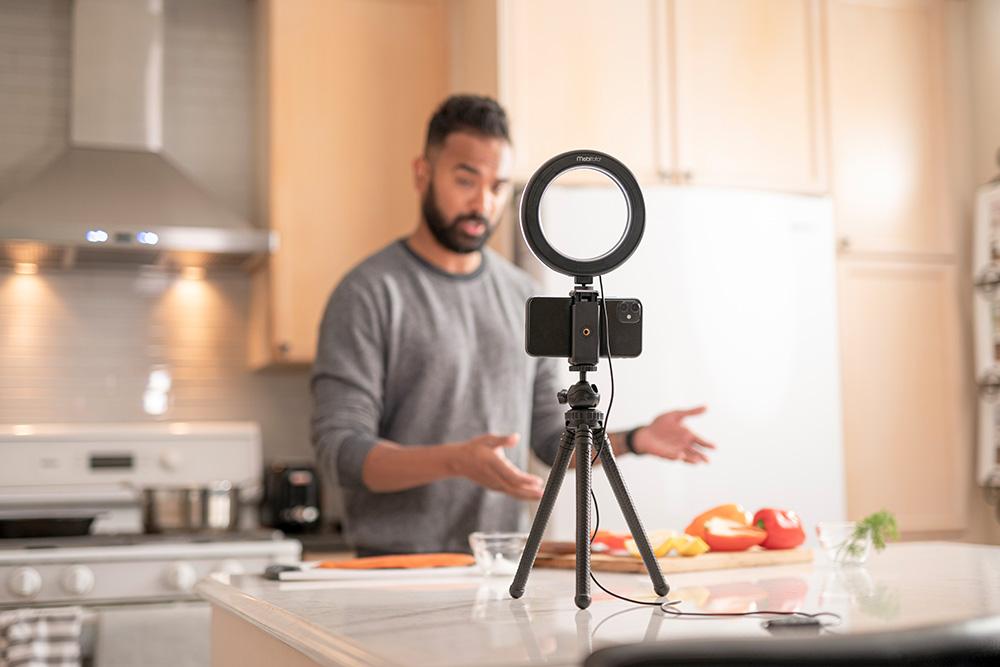 Food vlog with Mobifoto mobilite