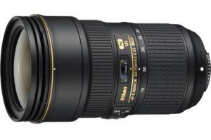 Nikon 24-70 mm f/2.8 Lens